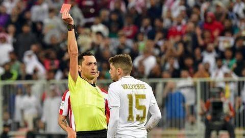 Valverde Raih Kartu Merah Terbaik di Dunia