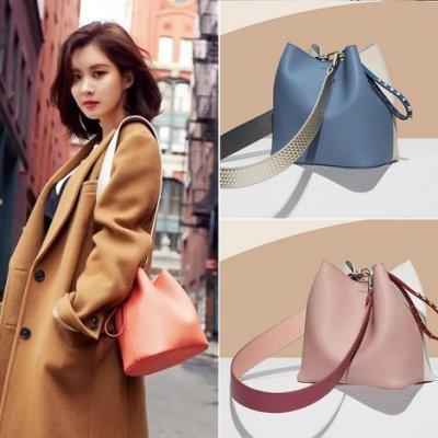 側背包 水桶包 韓國FIND KAPOOR水桶包女新款寬帶斜跨包手提包單肩包包女