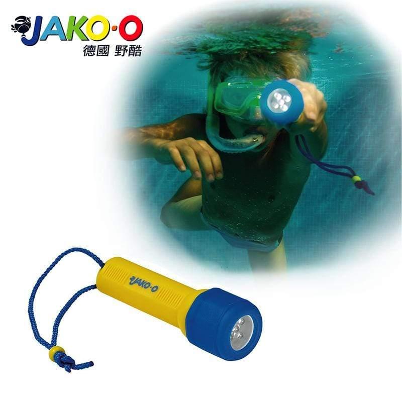 產品特色 可使用深度高達水下30 m 簡單操作,輕巧好用。 明亮的LED光源,視線清楚。 需要4個AAA電池。 產品介紹 商品規格 產地:中國保固:新品瑕疵材質:依商品標籤顯示尺寸:13cm重量:內容
