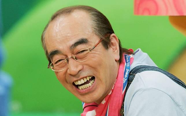 """นักแสดงตลกญี่ปุ่นชื่อดัง """"ชิมูระ เคน"""" เสียชีวิตจากโควิด-19"""