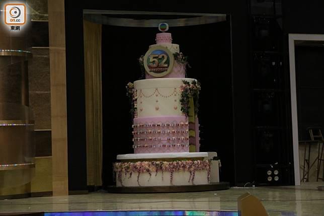 道具蛋糕。