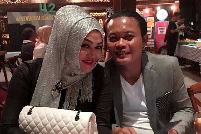Komedian Sule dan istrinya, Lina. (Instagram/Lina Sule)