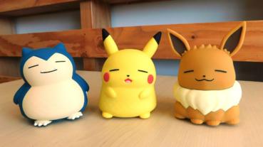 皮卡丘、伊布胖成瞇瞇眼!日本推出「寶可夢胖嘟嘟好朋友」玩具,超萌叫聲連硬漢都會秒融化!