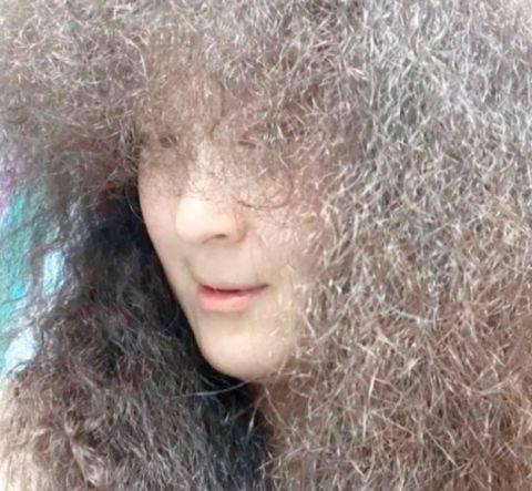 有中國粉絲想模仿Sulli的髮型,可惜……