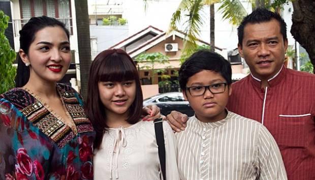 Ashanty, Aurel Hermansyah, Azriel Hermanysah, dan Anang Hermansyah. TEMPO/Dian Triyuli Handoko