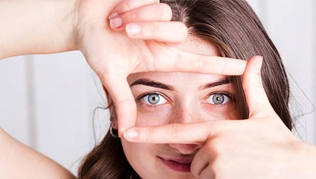 ดูแลรักษาดวงตาคู่สวยด้วย 8 วิธีการบริหารดวงตา ที่สามารถทำได้ง่ายๆ
