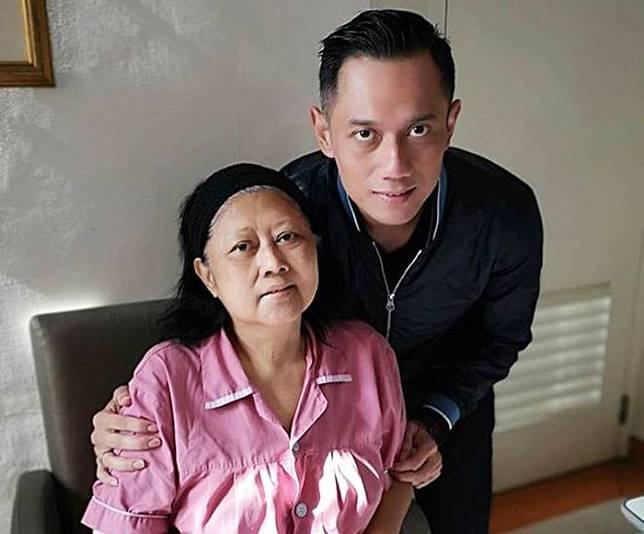Akhirnya dijenguk AHY, kondisi terbaru dari Ani Yudhoyono jadi sorotan