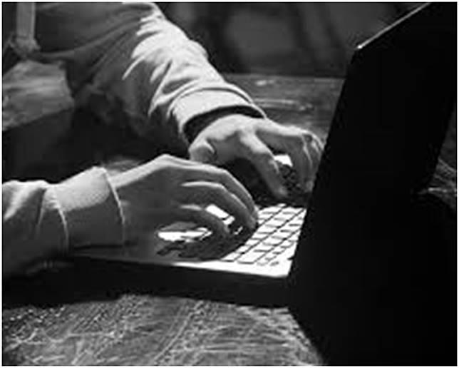 黎少斌提醒,每次使用完金融科技應用程式後必須登出程式。網圖