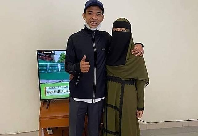 Menikah dengan Ustadz Abdul Somad, Fatimah Kini Tampil Bercadar