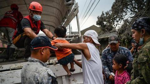 30 Ribu Warga Filipina Dievakuasi dari Erupsi Gunung Taal