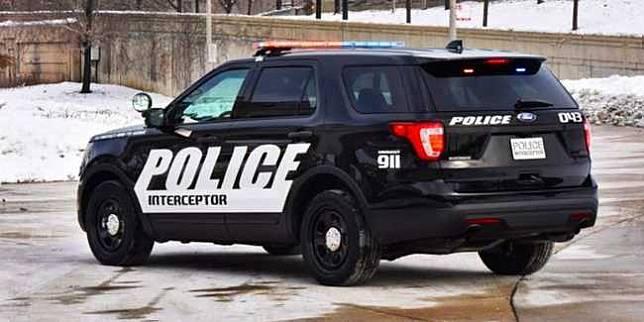 Ford Explorer Interceptor Police (Carscoops)