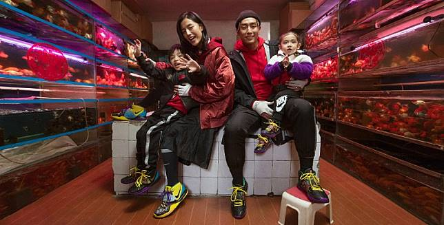 Nike Kyrie 6 CNY分別有推出Men、GS、PS及 TDV 多種尺碼,可以襯埋一家大小拜年裝。(互聯網)