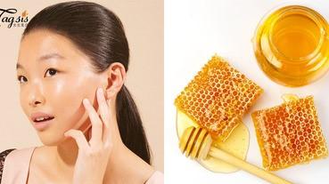 早上來一杯蜂蜜水,晚上來一個蜂蜜面膜滋潤肌膚,女生的美顏就是要有它!