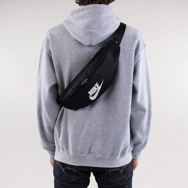 方便放取小物前袋設計n腰包/斜背包/胸包 一包多用途