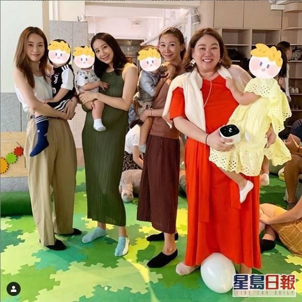 鄧麗欣跟吳雨霏和區文詩不時聚會,去年6月都有聚過。