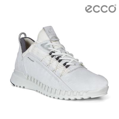 DYNEEMA皮革鞋面強韌輕盈 特殊拉鍊造型 一體成型鞋底技術 加強防護後跟設計 耐磨橡膠鞋底