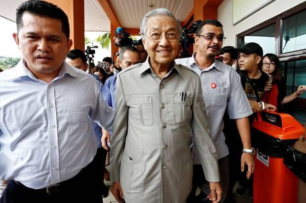Setelah Mundur, Mahathir Kembali Berkuasa di Malaysia