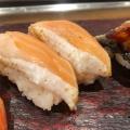 サーモンはらす - 実際訪問したユーザーが直接撮影して投稿した西新宿寿司立ち寿司横丁 新宿西口の写真のメニュー情報