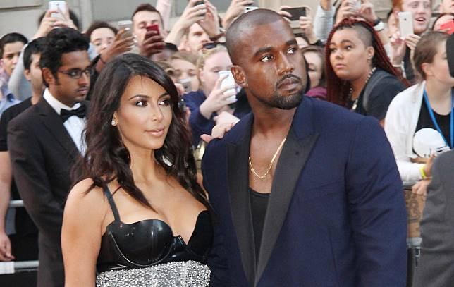 Kanye West Marah Kim Kardashian Memperbolehkan North Memakai Makeup