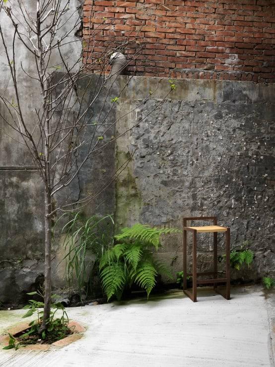 舊圍牆與造景