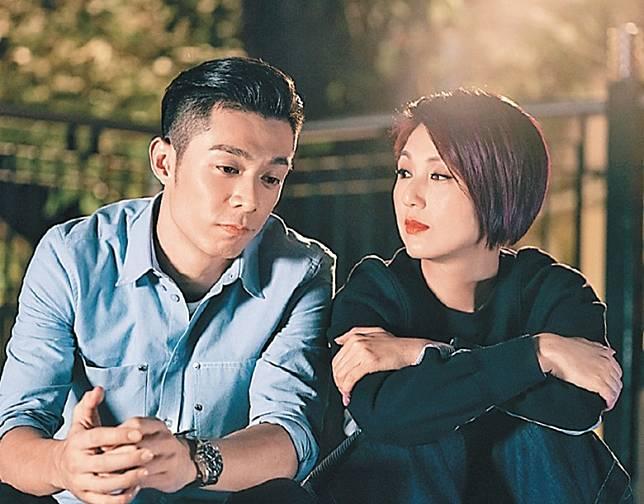 千嬅與周柏豪在《多功能老婆 》的演出備受讚賞。