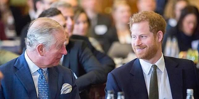 Prince Charles Ingin Bantu Keuangan Harry dan Meghan