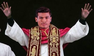 Aung Thu: Hành trình từ cậu bé bị 'ăn hiếp' trở thành Ronaldo Myanmar