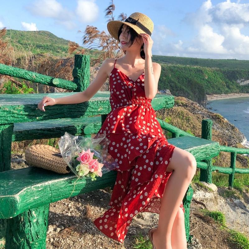 2019海邊度假長裙吊帶波點連衣裙沙灘裙子法式少女茶歇裙吊帶洋裝女