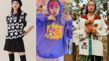 熊熊稱霸韓流時尚!今年冬季韓妞狂買的單品就是熊圖案 除了大學T各種款式都要買起來搭!