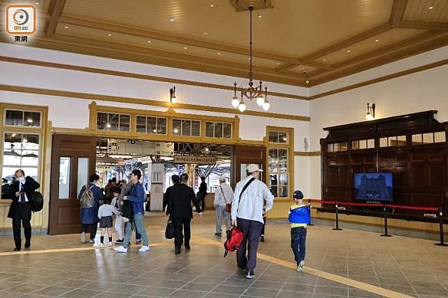 重修前只有車站大堂和遊客中心是開發的。(李家俊攝)