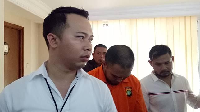 Kepala Sekolah Palsu Ditangkap Usai Tipu Mendagri Rp 10 Juta