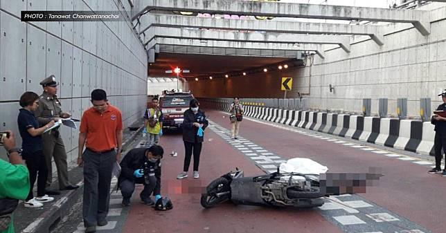 ชายวัย 26 ปีขับรถชนเสียชีวิตในอุโมงค์ปากเกร็ดวันเดียวกันซ้อนกัน 2 คน 2 ปี