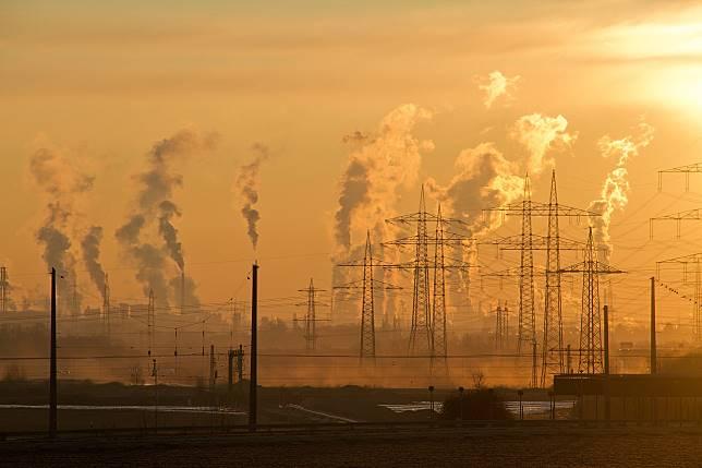 ▲空汙、空氣汙染、PM2.5、工廠。(示意圖/取自pixabay)