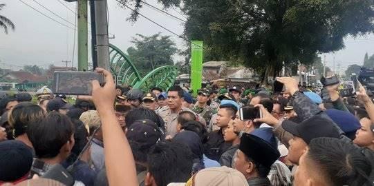 Kapolda Jabar Turun Tangan Bubarkan Bentrok Dua Ormas di Sukabumi