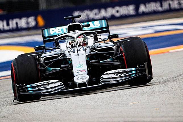 Lewis Hamilton tercepat di FP2 F1 Singapura 2019