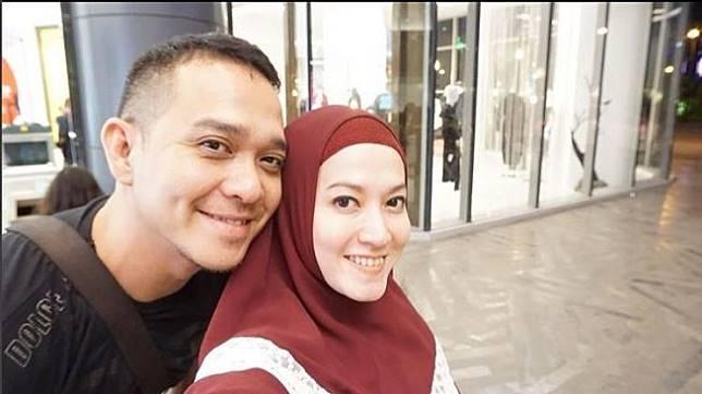 Fadlan Muhammad dan istri, Lyra Virna. (Instagram)