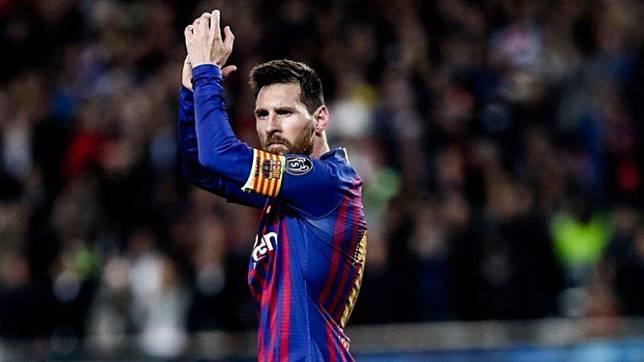 Misteri Pukulan Messi ke Gelandang Liverpool