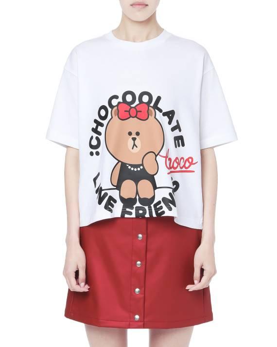 顯高的短款印花T恤($199)。