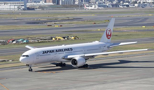 Chinese tourists fill gap left by South Koreans as flights to Japan hit record