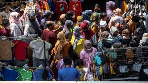 Strategi Anies Cegah Kerumunan di Pasar Tanah Abang, Bakal Sukses? (1)