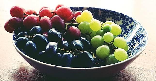 7 Manfaat Makan Anggur Untuk Ibu Hamil Muda
