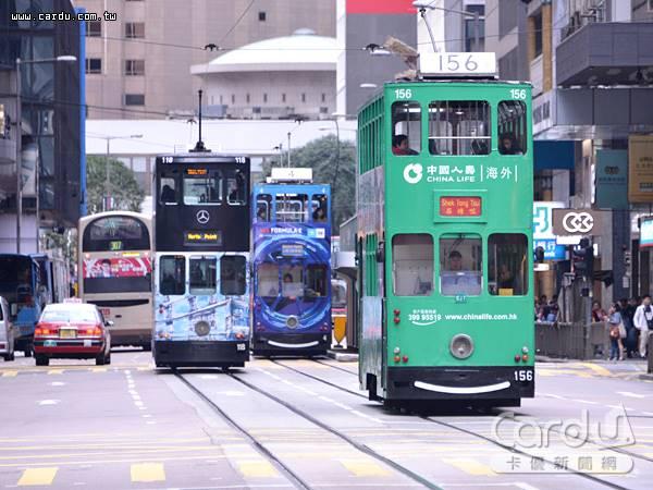 根據金管會統計國內銀行、保險、證券等金融三業,目前對香港曝險總金額高達9839億元(圖/卡優新聞網)