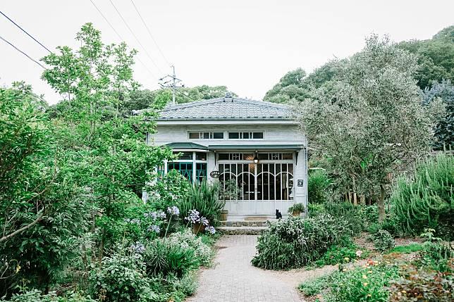 園內設有「雑貨 コリコ」(Corico)雜貨店,出售飾物、乾花和其他家居布置。