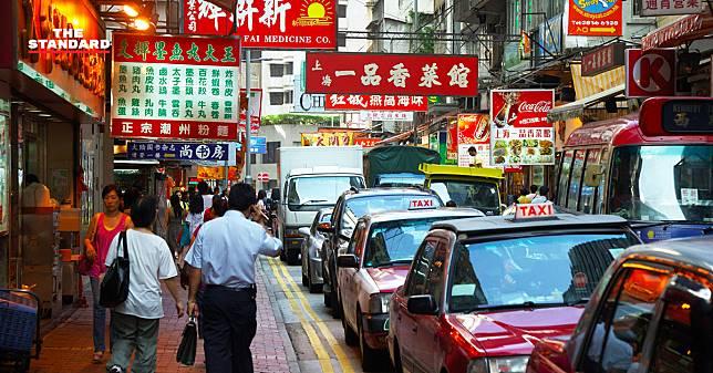 สู้ปัญหามลภาวะ กรุงปักกิ่งเตรียมนำ 'แท็กซี่ไฟฟ้า' ออกวิ่งแทนรถเก่า ตั้งเป้าปี 2020 ต้องมีบนถนน 20,000 คัน