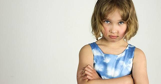 7 Cara Menangani Perilaku Negatif Anak dengan Cara Positif