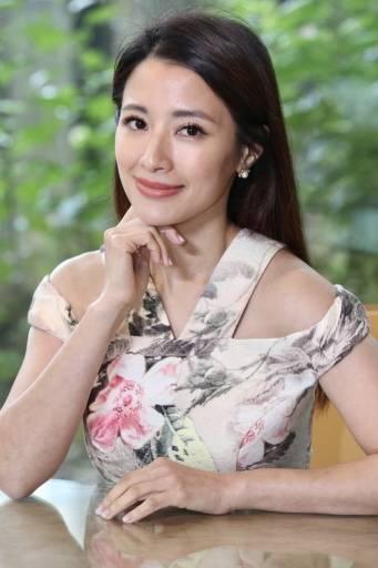 李蒨蓉接受專訪談新書「美麗心覺醒」。記者林俊良/攝影