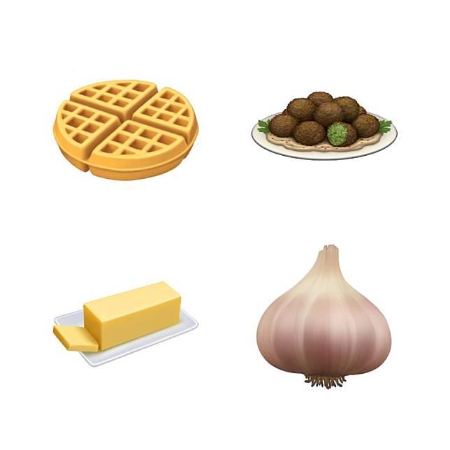 食物新Emoji有格仔餅、鷹嘴豆餅、牛油及蒜頭。(互聯網)