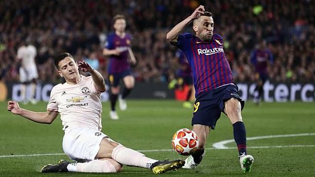 Jordi Alba: Barcelona Berambisi Sapu Gelar Juara