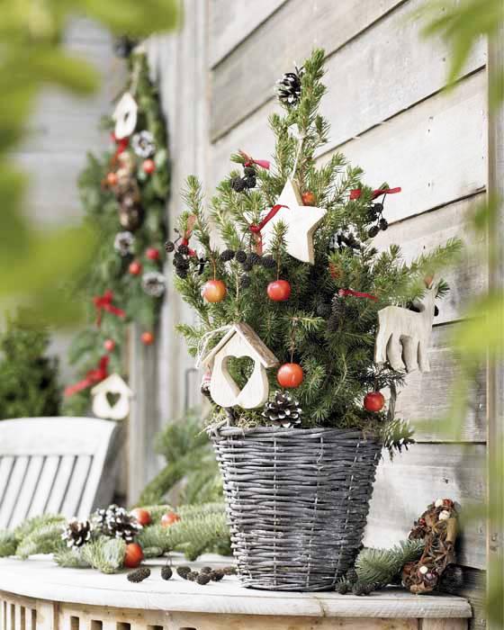 Persiapan Menyambut Natal Dengan Berbagai Dekorasi Cantik