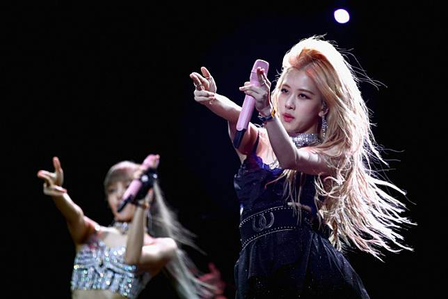 Lisa (L) and Rosé of BLACKPINK perform at Sahara Tent during the 2019 Coachella Valley Music And Arts Festival on April 12, 2019 in Indio, California.
